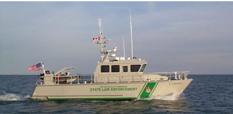 Hike Metal Products 30 Series Law Enforcement Patrol Boats and Work Boats